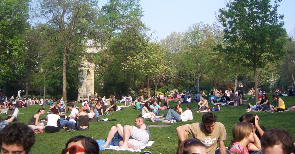 Običan dan u Berlinskim parkovima - primer Folkspark Fridrihshajn. Izvor: kabaleundwurst.de