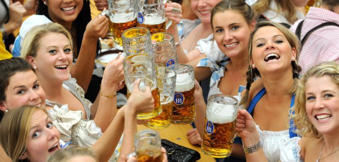 Pivo piju svi i može da se pije svaki dan | Izvor: manager-magazin.de