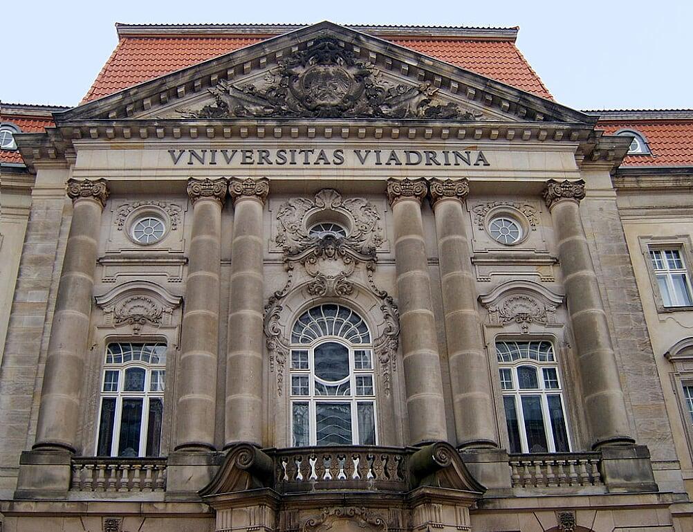 upravna-zgrada-univerziteta-viadrina