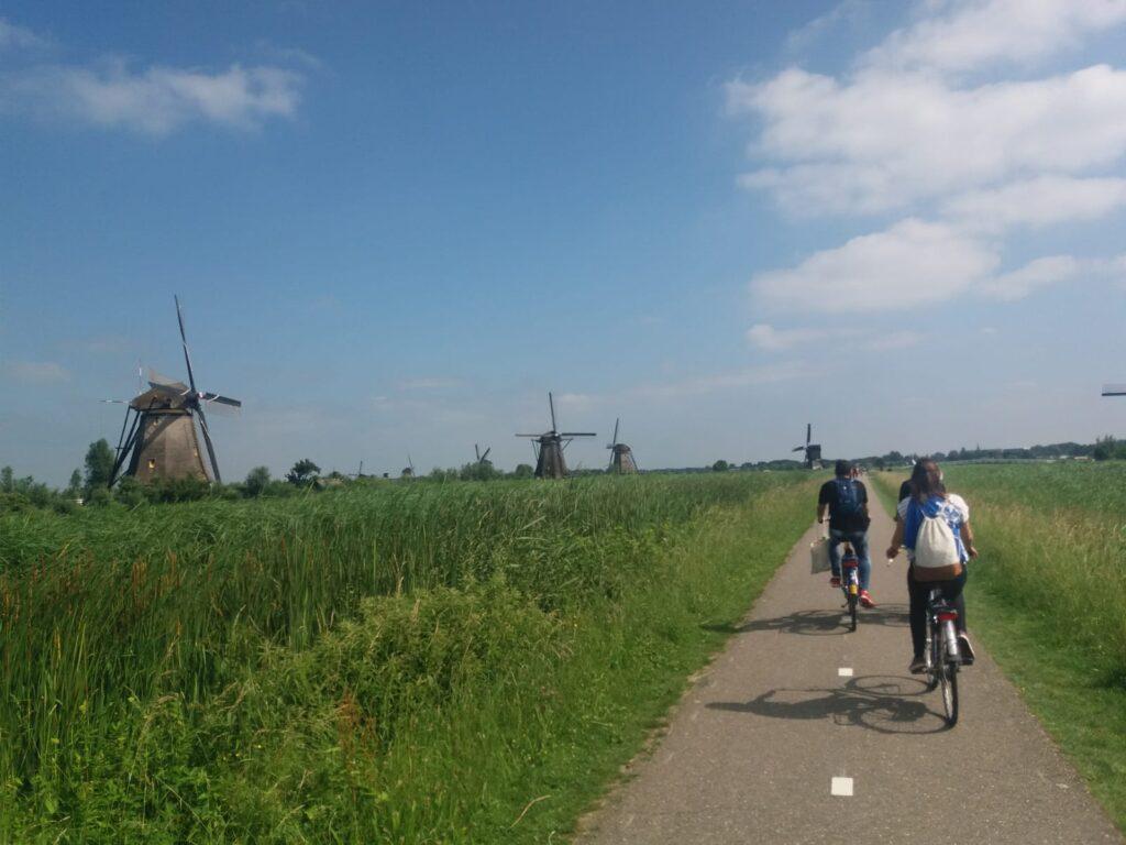 Erasmus u Holandiji. Kinderdijk, polje vetrenjaca (Jun 2018). Izvor: lična arhiva autora